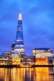Überblick über London mit der Scherbe-London-Brücke Stockbild