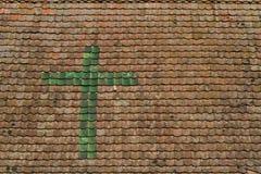 Überdachen Sie Detail des Fachwerk- Hauses in einem Dorf in Elsass Lizenzfreies Stockfoto