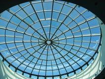 Überdachen Sie in Form von einem Spinnennetz im Mall in Marbella Andalusien Spanien Lizenzfreie Stockfotos