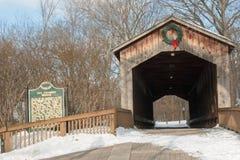 Überdachte Brücke in Ada Stockbilder