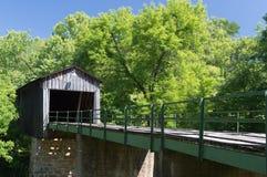 Überdachte Brücke in Euharlee Georgia USA Lizenzfreie Stockfotografie