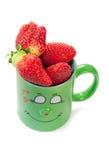 Überfallen Sie, das in der Liebe mit Erdbeere ist Stockfotos