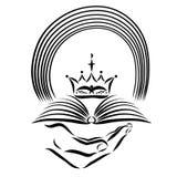 Übergeben Sie das Halten der Bibel, der Krone und des Regenbogens, Enthüllung stock abbildung
