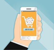 Übergeben Sie das Halten des intelligenten Telefons mit dem Einkaufen, E-Commerce-Konzeptvektor Stockbild