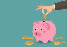 Übergeben Sie das Setzen der Münze ein Sparschweingeld-Spareinlagenkonzept des Wachstums Lizenzfreie Stockfotografie