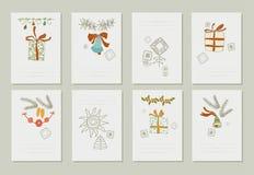 Übergeben Sie gezogene Sammlung romantische Einladungen zum Weihnachten und zum neuen Jahr 8 leichte Karten Stockfotos