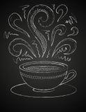 Zeichnung des Tasse Kaffees auf Tafel Lizenzfreie Stockfotos