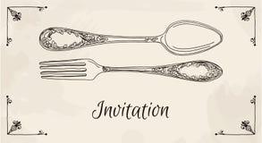 Übergeben Sie gezogene Vektorillustration des gelockten dekorativen silbernen Geschirrs, cutleryon ein beige Hintergrundaquarellh Lizenzfreies Stockbild