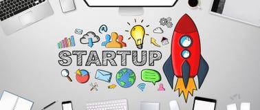 Übergeben Sie gezogenen Starttext mit Ikonen auf Bürohintergrund Lizenzfreies Stockbild