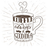 Übergeben Sie gezogenen Tasse Kaffee mit Text und dekorativen Elementen Stockfoto