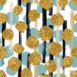 Übergeben Sie gezogenes gemaltes nahtloses geometrisches Muster mit goldenen Funkelnpunkten Stockbild