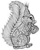 Übergeben Sie gezogenes lustiges Eichhörnchen mit Nuss für erwachsenen Antidruck Colori Lizenzfreies Stockbild