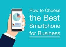 Übergeben Sie Holding des schwarzen Smartphone in den Händen des Geschäftsmannes Lizenzfreie Stockfotos