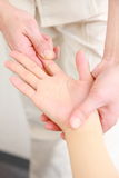 Übergeben Sie Massage Lizenzfreie Stockfotografie