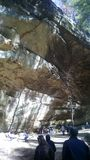 Überhängende Klippe Stockbilder