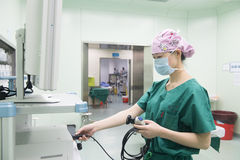 Überprüfen Sie Reserve-präoperative Vorbereitung der Operationsausrüstung Lizenzfreies Stockbild
