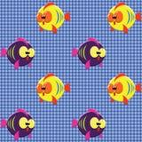 Überprüftes Muster mit lustigen Fischen Stockbild