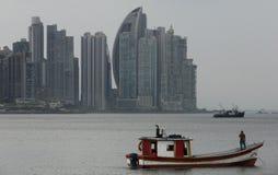 Überraschende Panama-Skyline Stockbilder