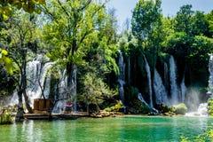 Überraschender Kravice-Wasserfall in Bosnien und Herzegowina Lizenzfreie Stockfotografie