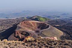 Überraschender Panoramablick des Kraters und Bereich von Volcano Etna lizenzfreies stockbild
