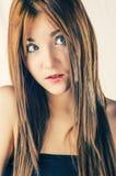 Überraschte blonde behaarte Frauen Stockbilder