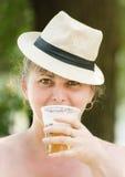 Überraschte Frau lizenzfreie stockfotos