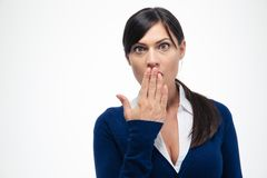 Überraschte Geschäftsfrau, die Kamera betrachtet Stockbild