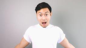 Überraschtes Gesicht und Haltung Stockfotografie
