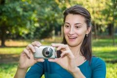 Überraschtes junges Mädchen Lizenzfreie Stockfotos