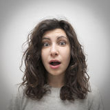 Überraschtes Mädchenporträt Lizenzfreies Stockfoto
