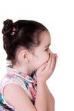 Überraschtes (oder lachend) kleines Mädchen Lizenzfreies Stockfoto