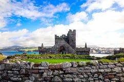 Überrest-St- Patrick` s Kapelleninnere Schalen-Schloss, Isle of Man Lizenzfreie Stockfotos