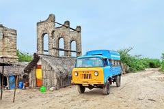 Überreste des alten Bahnhofs bei Dhanushkodi Stockbild