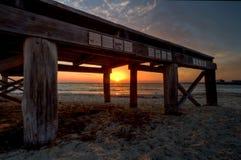 Überreste des Fremantle Piers am Sonnenuntergang lizenzfreie stockbilder