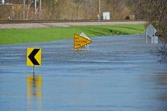 Überschwemmte Stadt-Straße Lizenzfreies Stockfoto