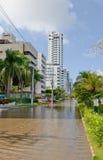 Überschwemmte Stadtstraße Lizenzfreie Stockbilder