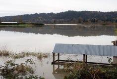 Überschwemmtes Ackerland Stockfotos