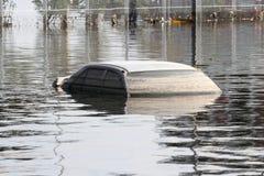 Überschwemmtes Auto Lizenzfreie Stockfotos