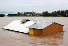 Überschwemmtes Haus Stockfotos