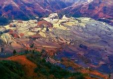 Überschwemmtes Reis-Terrassen-Tal-traditionelles Dorf lizenzfreie stockfotos