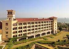 Übersehen Sie Xiamen Victoria Hotel an der Küste, luftgetrockneter Ziegelstein rgb Lizenzfreie Stockfotos