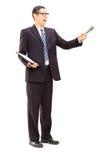 Übersichtsleiter, der Klemmbrett und Mikrofon hält Lizenzfreie Stockbilder