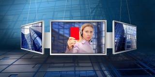Überwachungsgeräte mit Geschäftsarchitekturhintergrund Lizenzfreies Stockbild