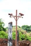 Überwachungskamera im alten Tempel stockbild