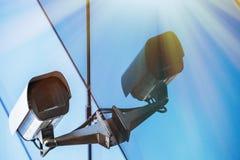 Überwachungskamera und städtisches Video Lizenzfreies Stockfoto