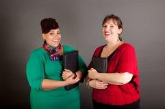 Überzeugt reifen Sie plus Größen-Geschäftsfrauen Lizenzfreies Stockfoto
