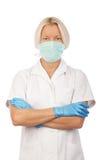 Überzeugte blonde Krankenschwester im Krankenhaus Stockfoto