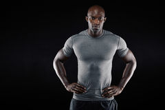 Überzeugter afrikanischer Athlet mit copyspace Lizenzfreie Stockfotografie