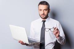 Überzeugter Geschäftsexperte Lizenzfreie Stockfotos
