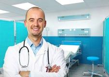 Überzeugter junger Doktor lizenzfreie stockfotografie